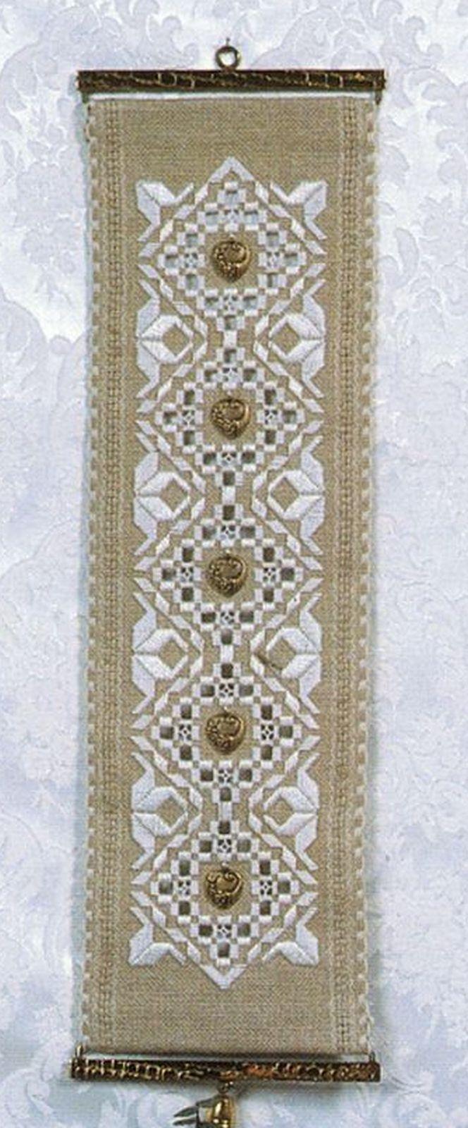 I Love Autumn Hardanger Embroidery Seasonal Sampler Rosalyn Watnemo Book image 5