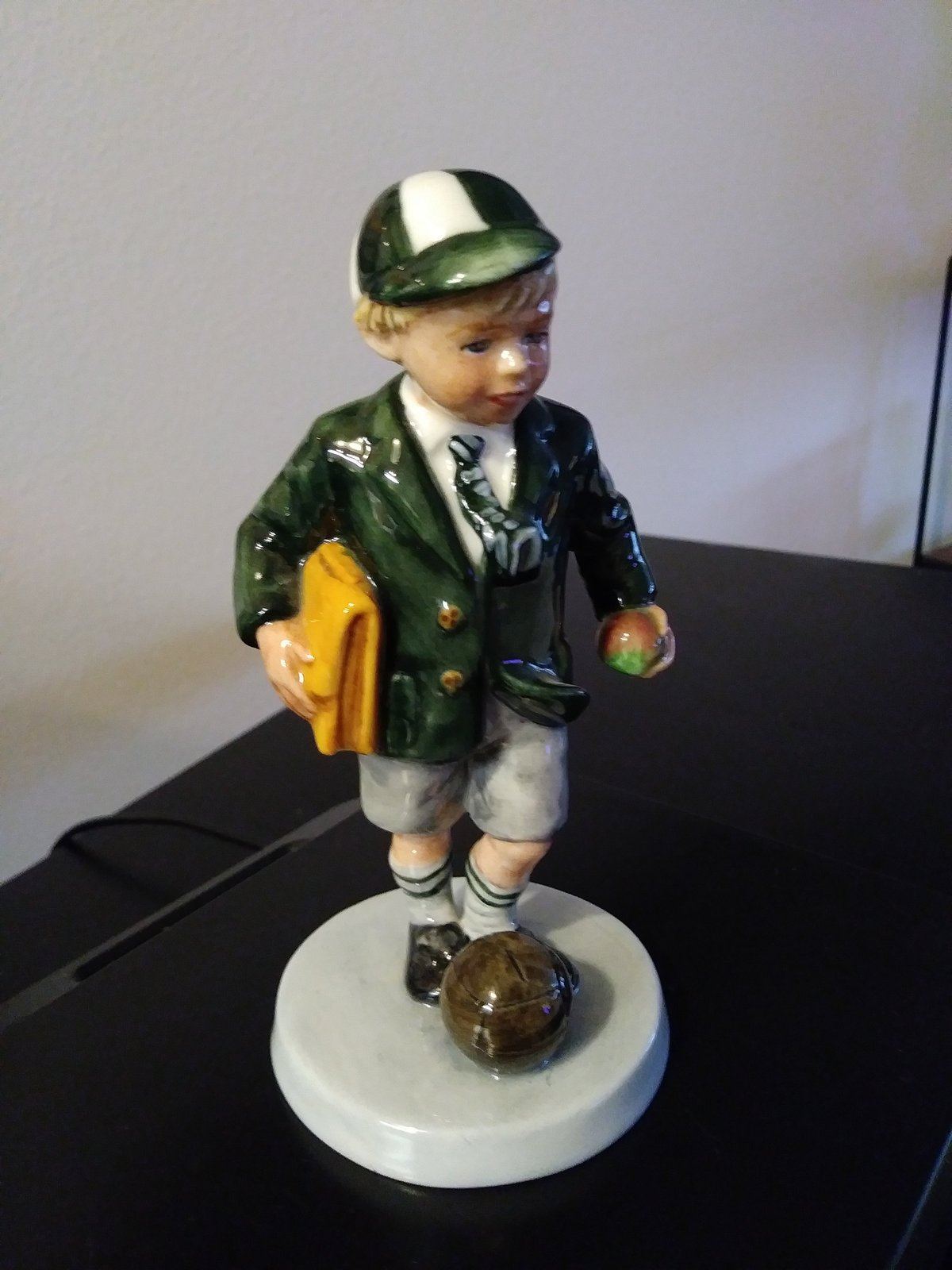 "Royal Doulton 1996 "" Off To School"" Figurine  HN: 3768 Excellent Condition Figur"