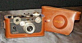 Argus C3 RangeFinder Camera with fitted Case AA20-2319 Vintage
