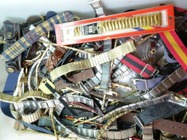 BANDS LOT of vintage 1960s-1970's mostly men and women metal flex watch bands - $382.17