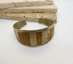 Vintage Handcrafted Mixed Metal Silver Copper Brass Embossed Cuff Bracelet Z33 image 2