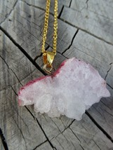 Empowering Crystals Drusy Pink Gold Tone Alloy Necklace Pendant Agate Dyed Paint - $2.48