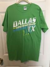 Gildan Heavy Cotton Green Dallas Men's T-Shirt Size M - $4.94