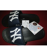 MLB New York Yankees Youth Slide Size M or L New - $10.00