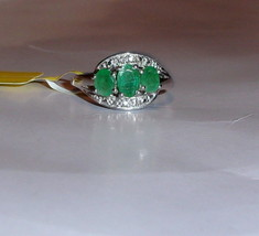 AFRICAN GREEN EMERALD OVAL 3-STONE RING, PLATINUM / SILVER, SIZE 6, 1.11(TCW) - $89.99