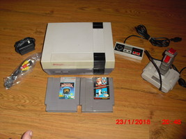 Nintendo NES System W 3 GAMES MARIO/DUCK HUNT AND CAPTAIN SKYHAWK - $89.09