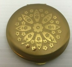Vtg Ladies Makeup Compact Never Used Gold Flower Wiesner of Miami - $19.35
