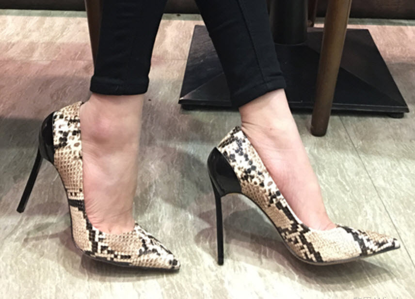 313403b7e90c5 87H102 classical snake skin pointy pump, and 50 similar items