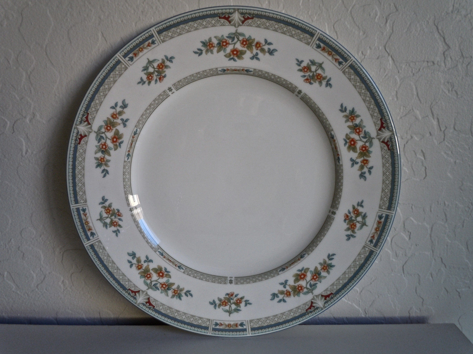 Wedgwood Hampshire Dinner Plate
