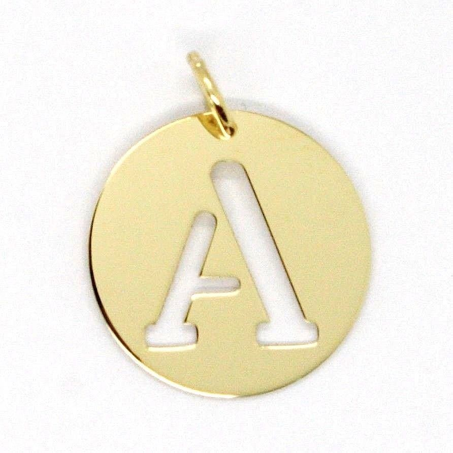 18K YELLOW GOLD LUSTER ROUND MEDAL WITH A LETTER A MADE IN ITALY DIAMETER 0.5 IN