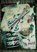 Christmas Kitchen Lot - holiday decortive towels, cookie cutter, molds - $17.00
