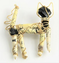 VINTAGE ESTATE Jewelry HAND MADE WIRED CAT ARTISAN BROOCH  - $10.00