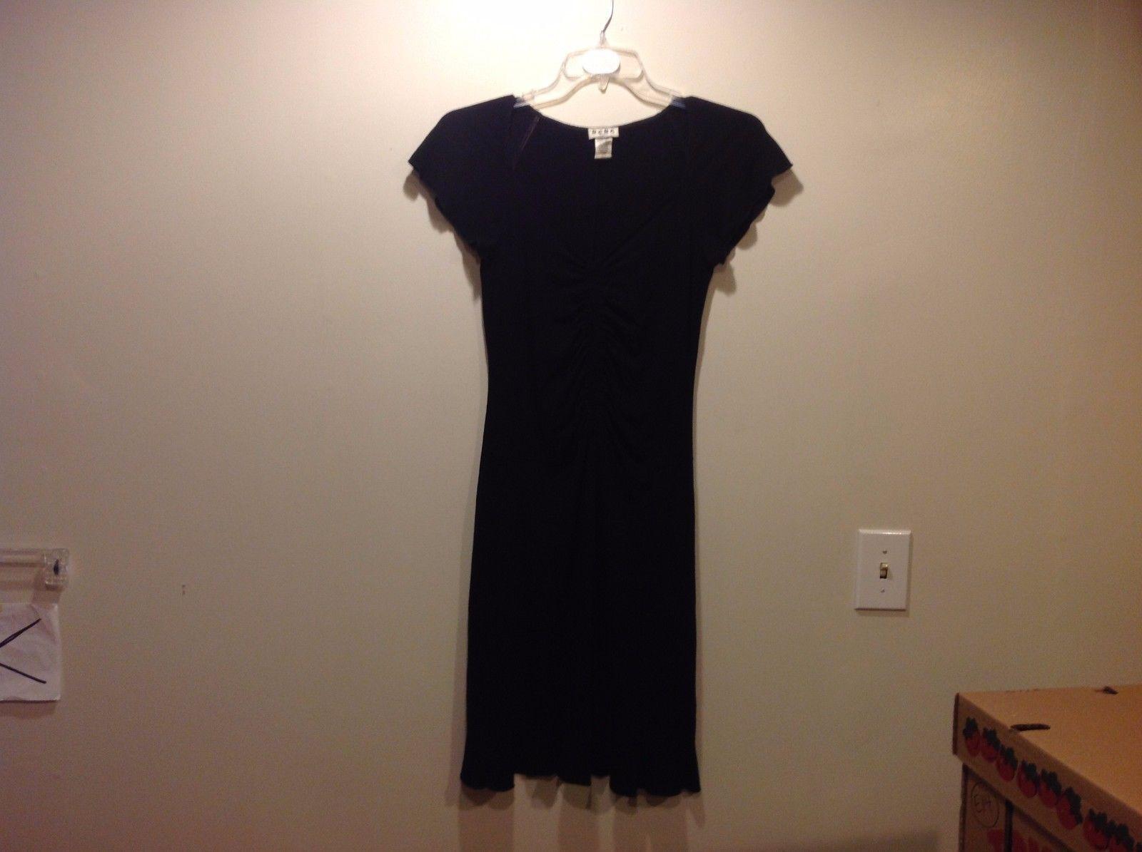 BCBG Paris Simple Black Dress w Plunge Neckline Sz LG