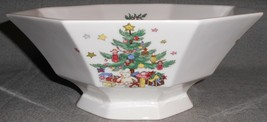 """Nikko CHRISTMASTIME PATTERN 10"""" Salad Bowl HOLIDAY - CHRISTMAS - $168.29"""