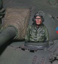 NVA Tank crew Vietnam war 1:35 Pro Built Model #2 - $14.85