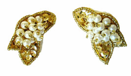 Vtg Signed Avon SEQUIN SPARKLE Clip on Earrings w Box Gold Tone Faux Pea... - $8.00