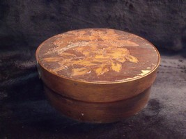 """SMALL ANTIQUE HAND MADE VICTORIAN ROSES EMBOSSED WOOD 5 3/4"""" PANTRY BOX - $44.55"""
