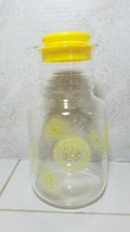 Pyrex 3520 2 Qt 2 L Corning Lemondade Pitcher & Lid Lemonds Yellow Vintage - $14.80