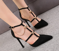84H071 Fashionable strappy pointy pumps with chain, Size 3-8.5, black - $68.80