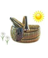 Vintage Picnic Basket Pin - Signed Liz Claiborne (LC) - Dine Al Fresco -... - $12.00