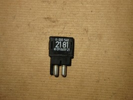 Fit For 86-93 Mercedes Benz 300E W124 Relay Resistor  - $23.03