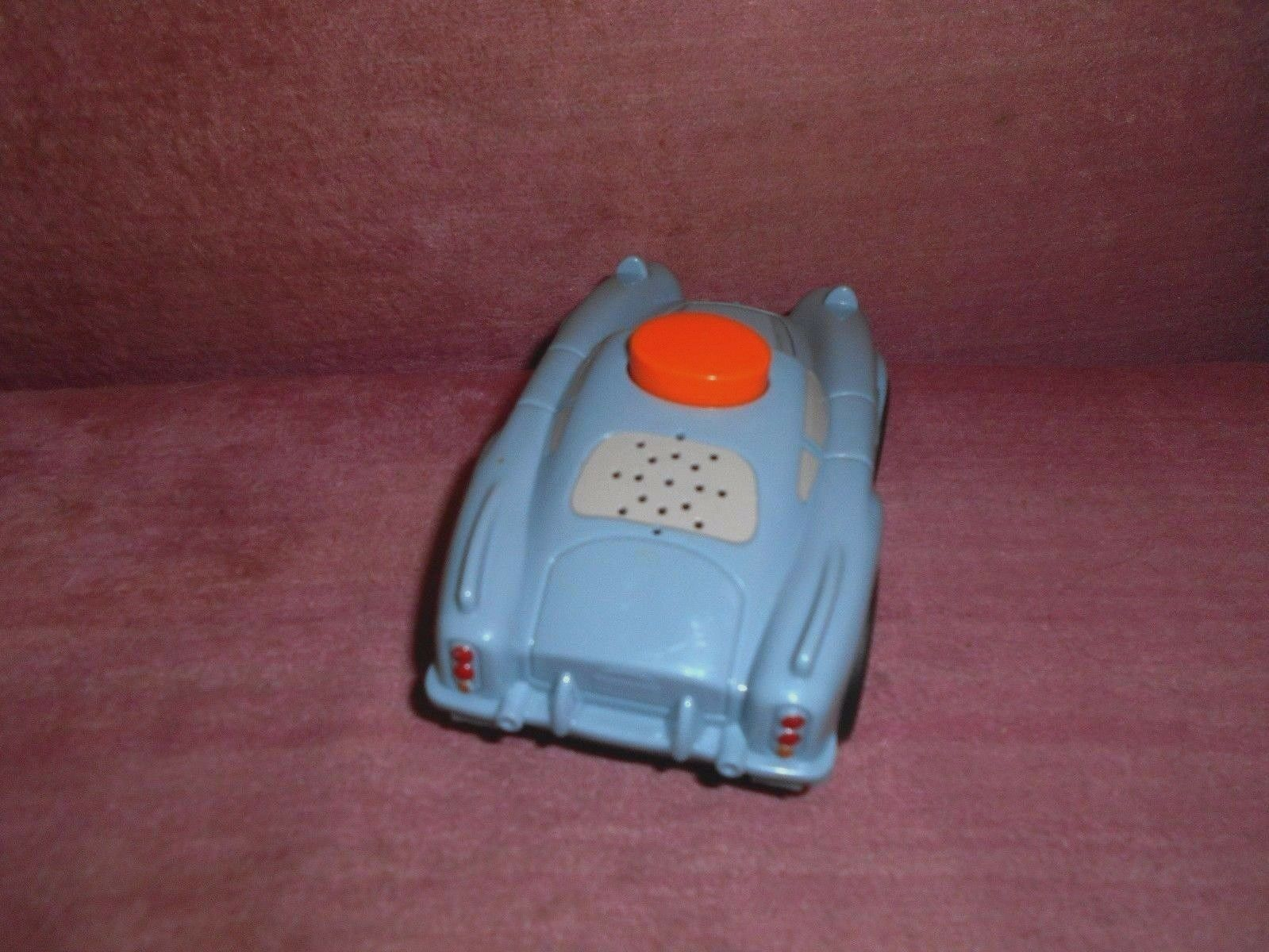 DISNEY CARS 2010 FINN MCMISSILE - TALKING & FLASHLIGHT image 4