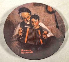 "VINTAGE 1981 KNOWLES COLLECTOR'S PLATE NORMAN ROCKWELL ""THE MUSIC MAKER"" - $25.73"
