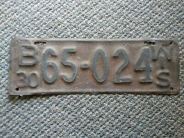 Old Vintage Antique 1930 Wisconsin rare B license plate 65-024 man cave ... - $29.99