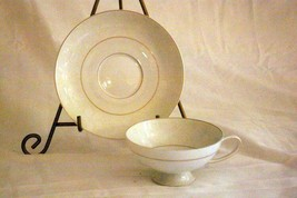 Rosenthal White Velvet Cup And Saucer Set Continental Line Gold Trim - $9.69
