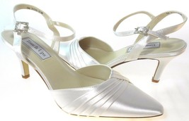 TOUCH UPS ZETA WOMEN'S WHITE SATIN SLINGBACK MID HEEL SHOES, #253 - $8.99