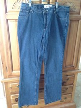women's stretch bootcut Classic blue jeans by faded glory Size 12 - $29.99