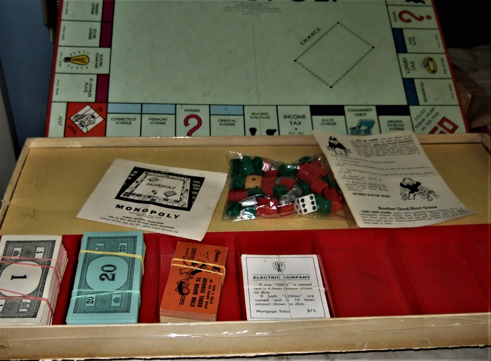 MONOPOLY GAME: Original Box, Game Board, Cards, Money VINTAGE 1957 PB