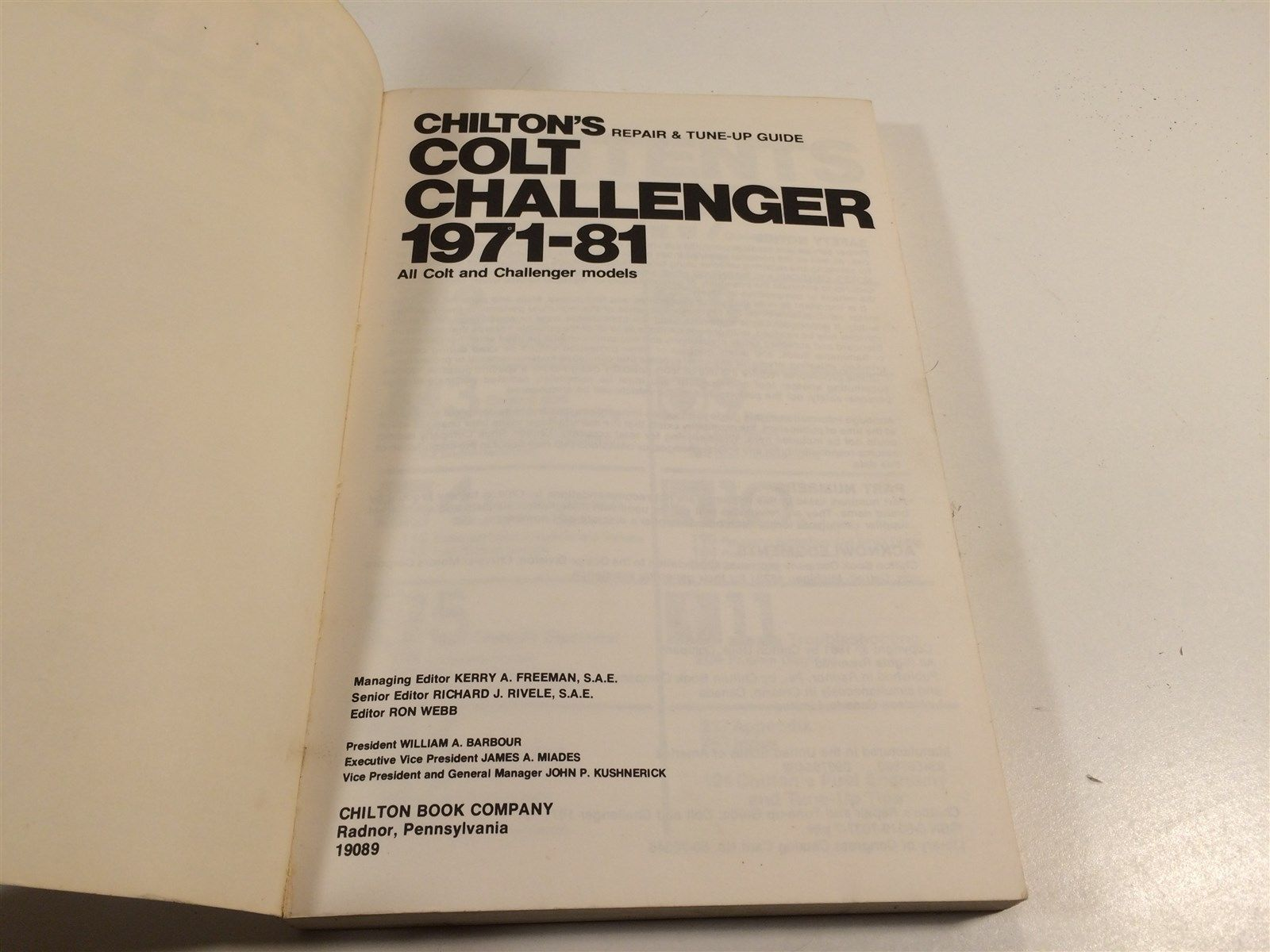 1971-1981 Dodge Colt Challenger Chilton 7037 Repair & Tune-Up Guide