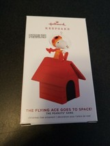 2019 Hallmark Ornament SNOOPY THE FLYING ACE GOES TO SPACE NIB!!! - $19.80