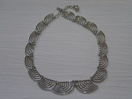 Vintage Trifari Signed Tapered Open Swirl Draping Silvertone Link Choker Necklac - $17.65