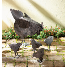 Mother Hen and 4 Chicks Garden Statue Rustic Finish Metal - $35.95