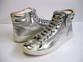 UGG OLIVE METALLIC WOMEN SNEAKER LEATHER SLIVER US 7.5 /UK 6 /EU 38.5 - $89.09