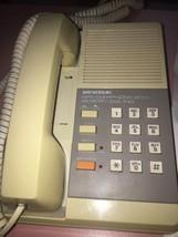 universal tel-1990 telephone - $14.55
