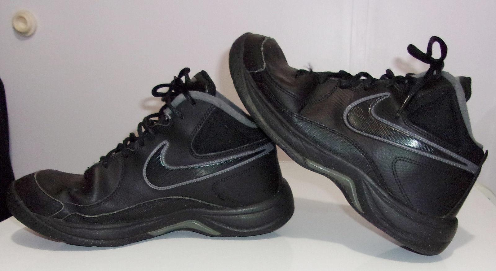 gli uomini sono nike calchi vii scarpe da basket e 50 oggetti simili