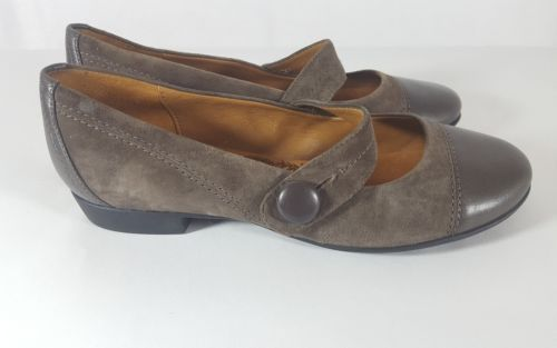 Sofft Mary Jane 7 flats brown suede cap toe