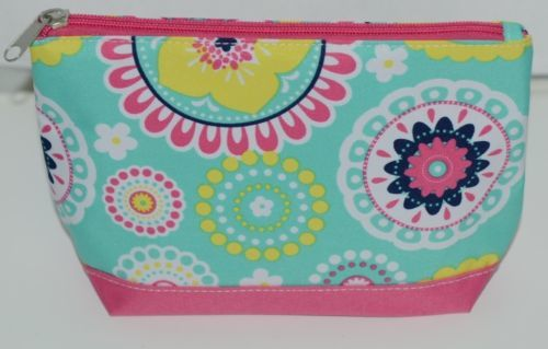 WB M715PIPER Polyester Canvas Piper Cosmetic Bag Hot Pink Bottom Zipper Closure