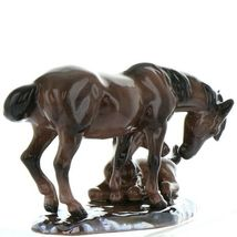 Hagen Renaker Specialty Horse Mustang Mare with Colt Ceramic Figurine image 4