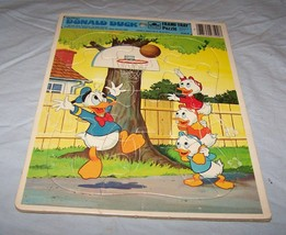 1983 Walt Disney's Donald Duck Golden Frame-Tray Puzzle-Ducks Playing Basketball - $7.25