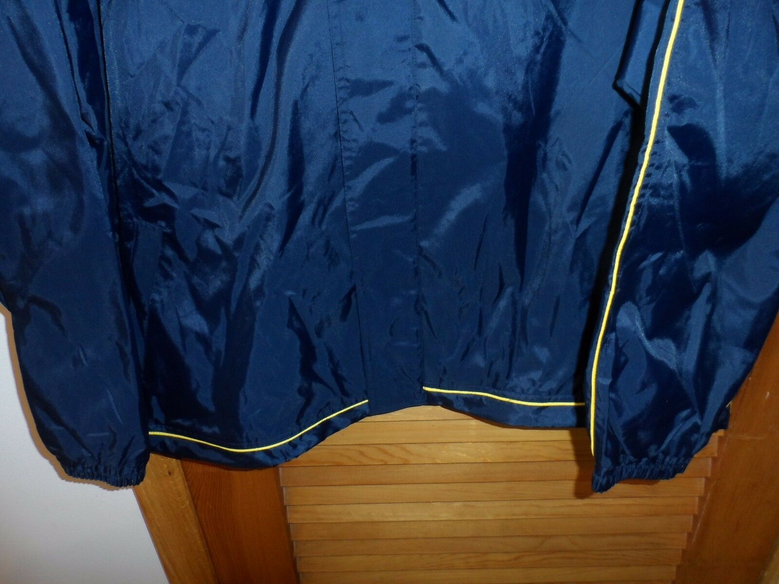 Mens size 3XL navy and yellow windbreaker jacket by SRT new