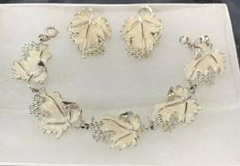 Vtg Sarah Coventry White Enamel Whispering Leaves Earrings And Bracelet Set - $43.53