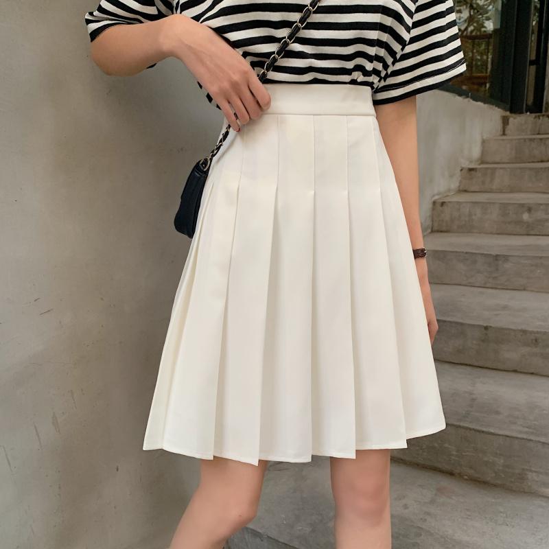 Pleated skirt white black  11