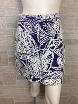 Ann Taylor Loft Purple White Leaf Floral Print Straight Mini Skirt Size 4P  - $19.34
