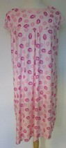 Emily Stacy Pink Lip print Nightgown Size 2X Capsleeves - $13.81
