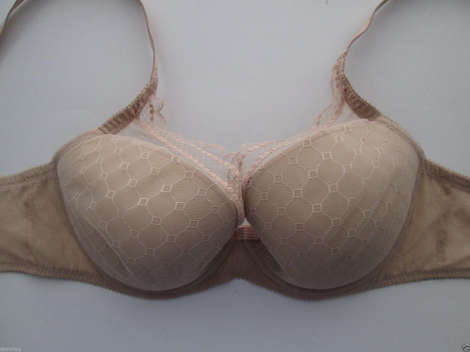 72ea631a4b Chantelle C36460 or 3646 C Chic Sexy Push-Up and similar items. S l1600