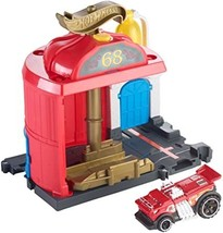 Hot Wheels City Downtown Fire Station Spinout Pay Set - $26.99